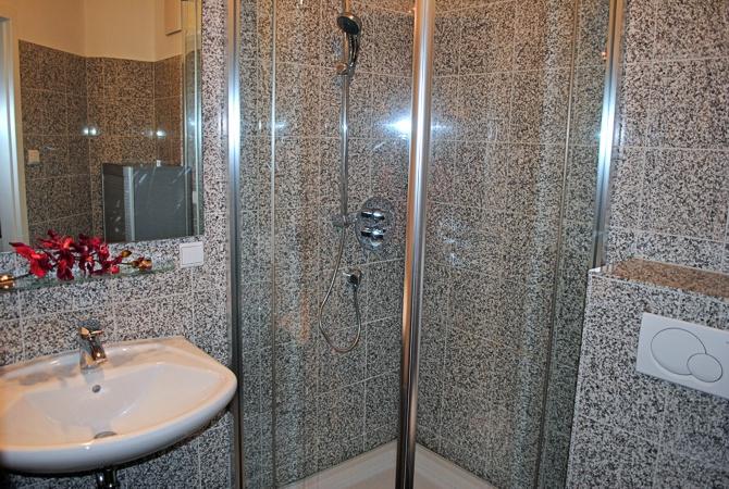 komfort appartement 39 39 kreideblick 39 39 in der villa helene an. Black Bedroom Furniture Sets. Home Design Ideas