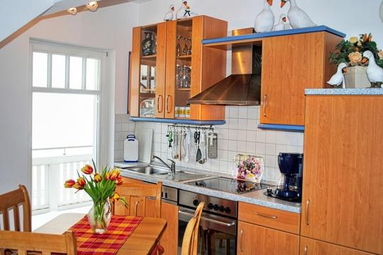 haus 39 39 saxonia 39 39 appartements in binz haus saxonia in der binzer wylichstra e. Black Bedroom Furniture Sets. Home Design Ideas