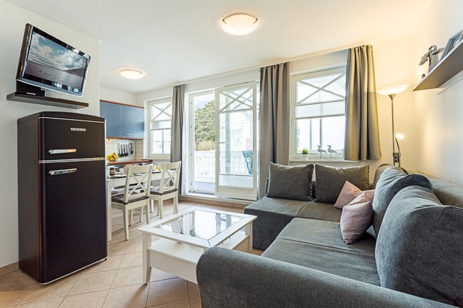 appartement nr 16 im haus strandburg im ostseebad binz auf r gen. Black Bedroom Furniture Sets. Home Design Ideas