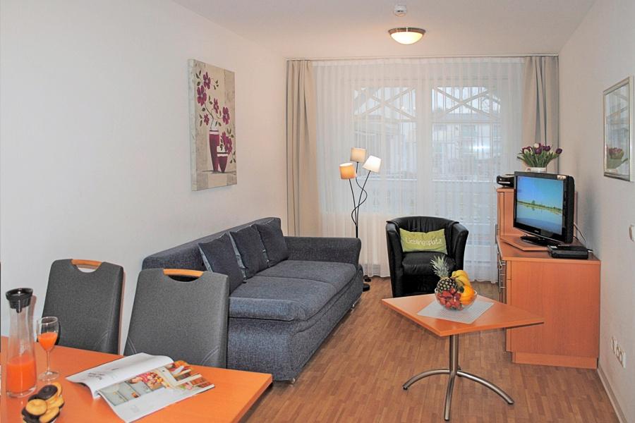 appartement nr 18 im haus strandburg im ostseebad binz auf r gen. Black Bedroom Furniture Sets. Home Design Ideas