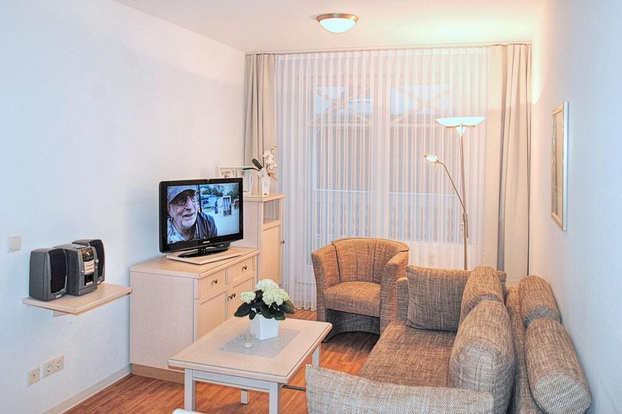 appartement nr 19 im haus strandburg im ostseebad binz auf r gen. Black Bedroom Furniture Sets. Home Design Ideas