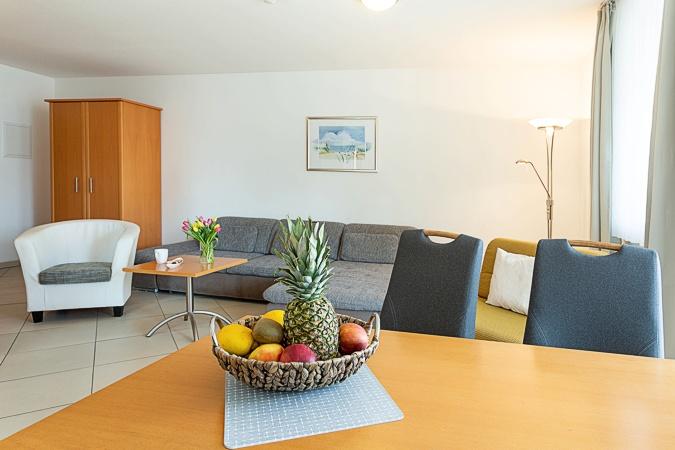 appartement nr 25 im haus strandburg im ostseebad binz auf r gen. Black Bedroom Furniture Sets. Home Design Ideas