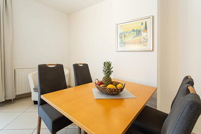 appartement nr 35 im haus strandburg im ostseebad binz auf r gen. Black Bedroom Furniture Sets. Home Design Ideas