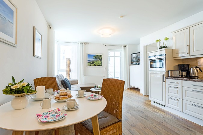 Appartement Seemöwe in der ''Villa Helene'' - separate Essecke